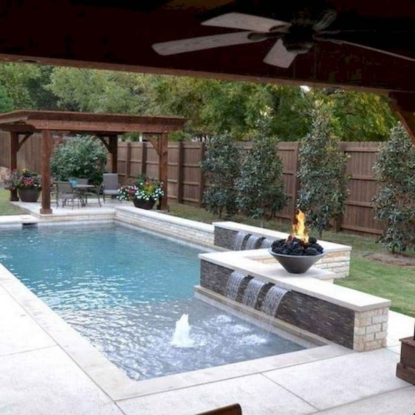 Popular Small Swimming Pools Design Ideas For Small Backyards36