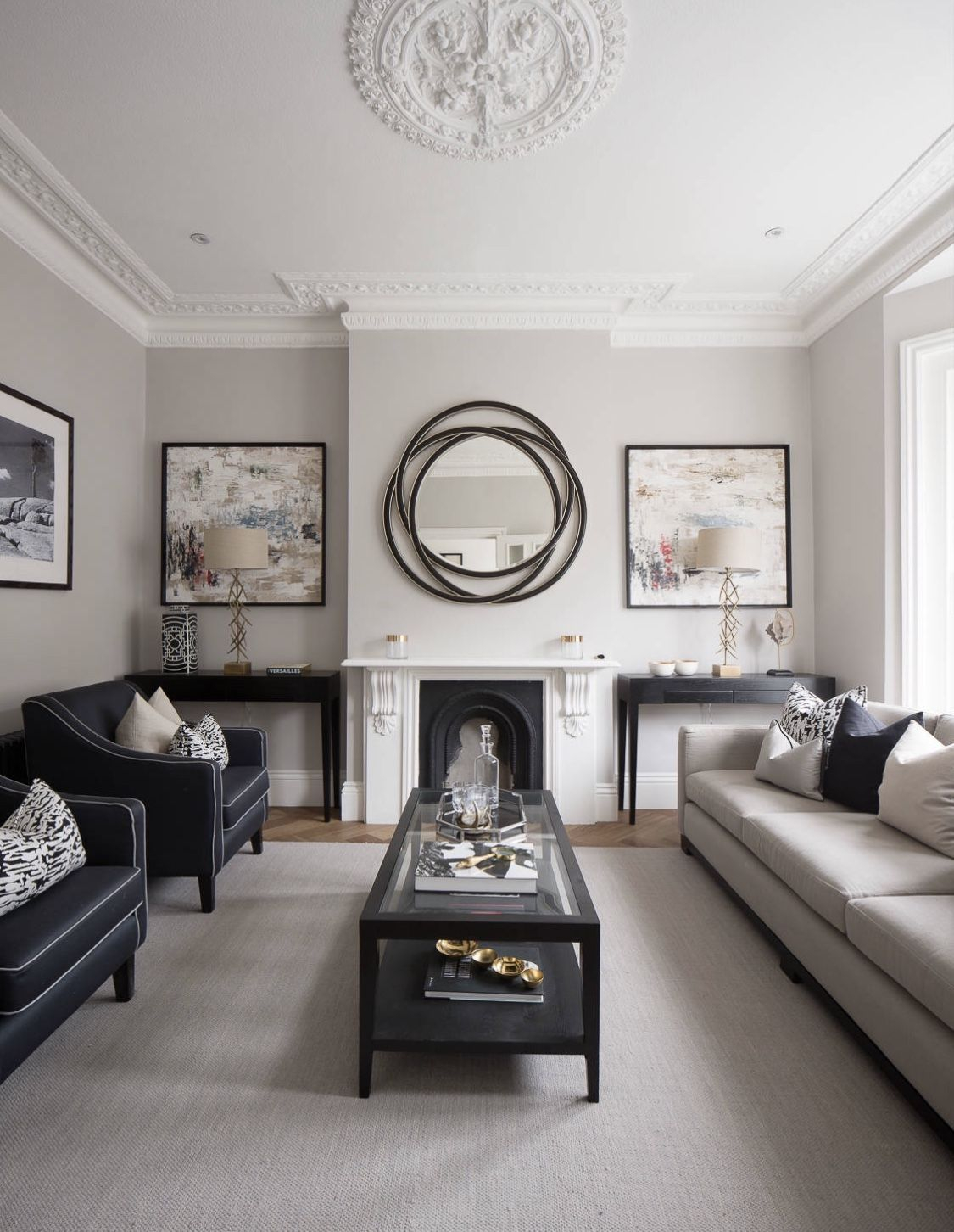 Adorable Black Living Room Ideas That Looks Cool18