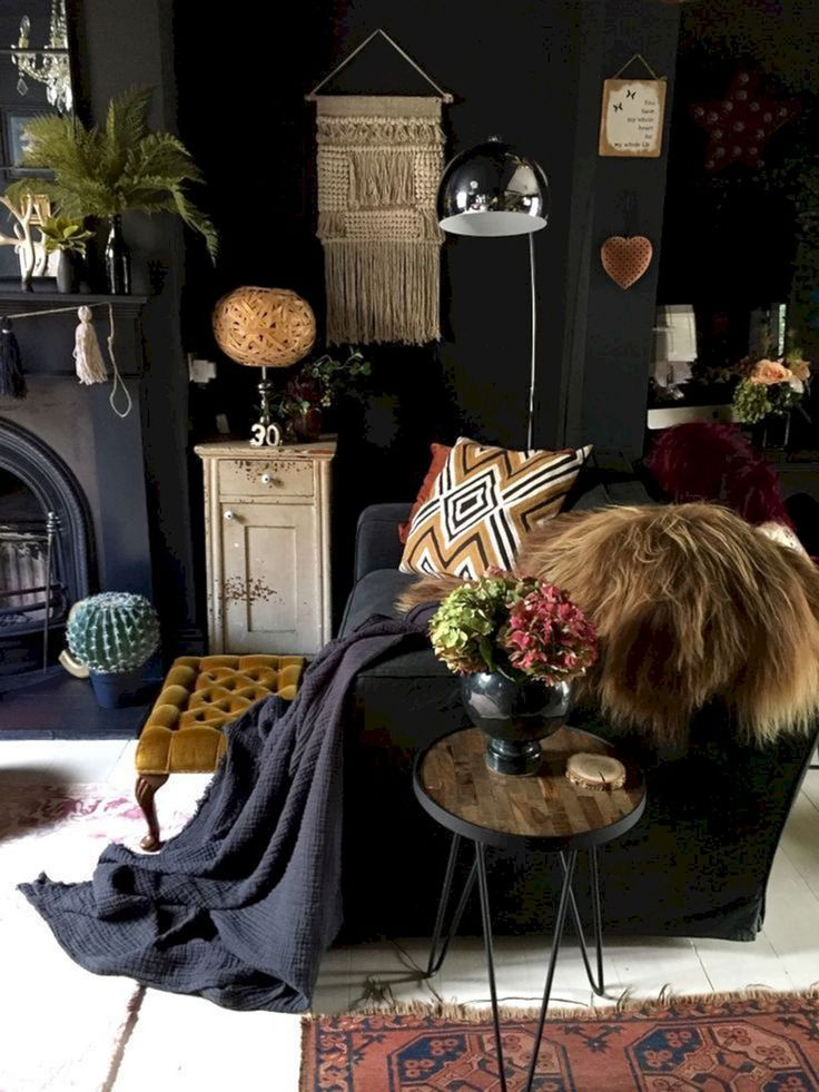 Adorable Black Living Room Ideas That Looks Cool37