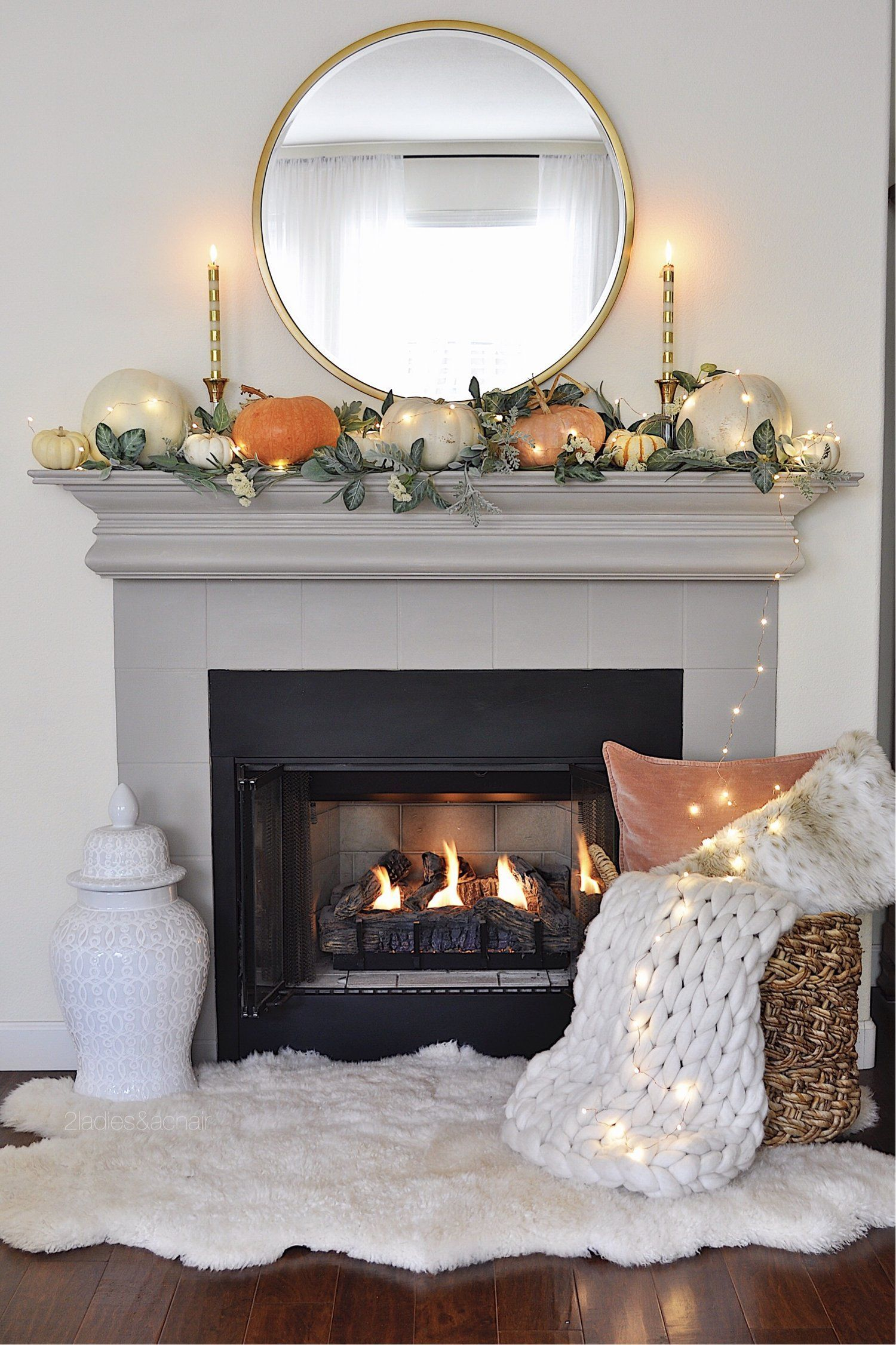 Amazing Fall Living Room Decorating Ideas To Try Asap30