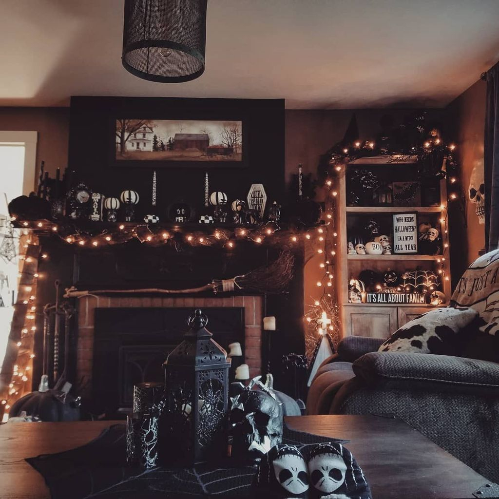 Amazing Fall Living Room Decorating Ideas To Try Asap36
