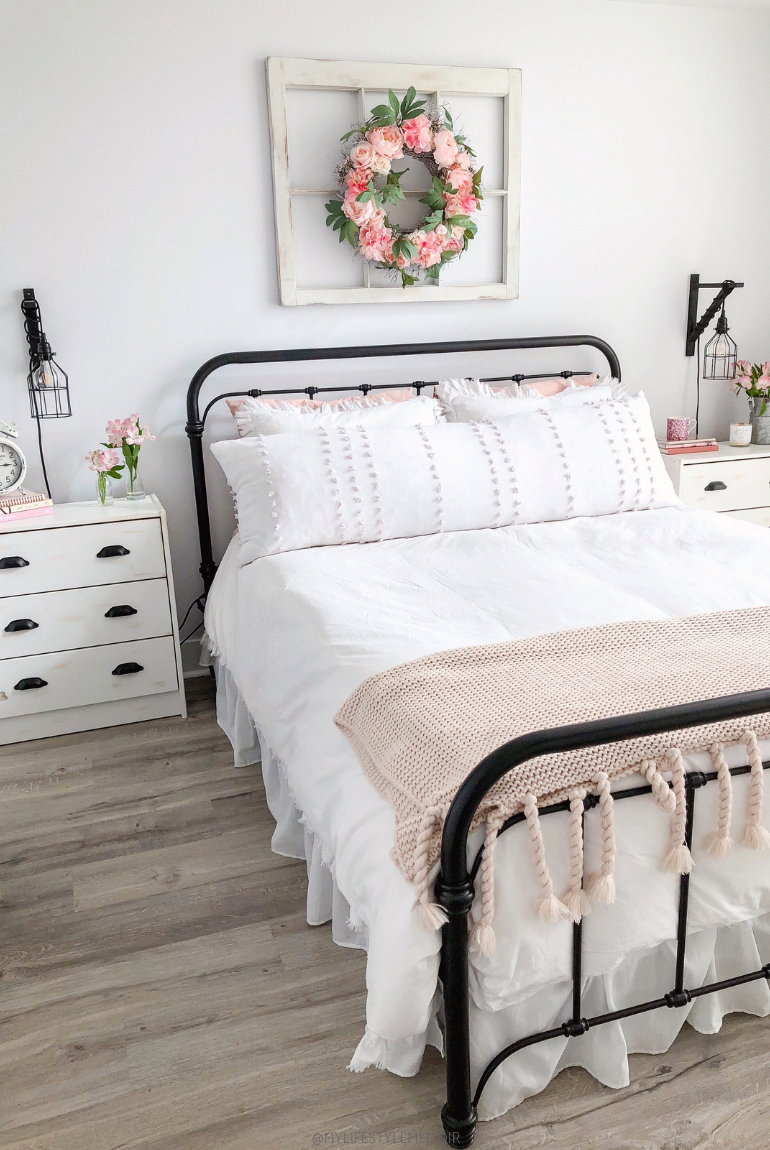 Cute Bedroom Makeover Design Ideas To Try Asap22