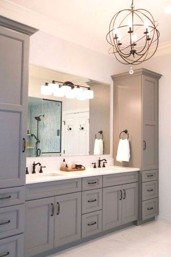 Fascinating Farmhouse Master Bathroom Remodel Ideas To Have Now21