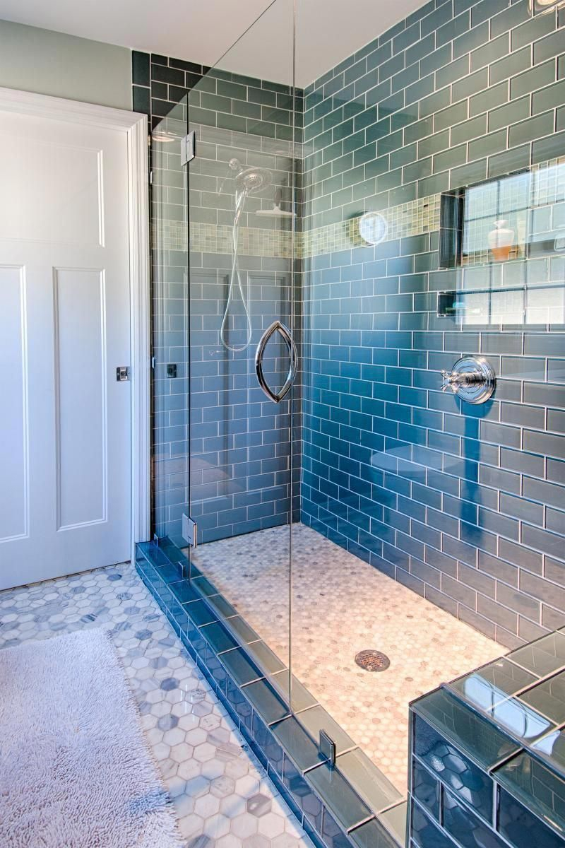 Fascinating Farmhouse Master Bathroom Remodel Ideas To Have Now45