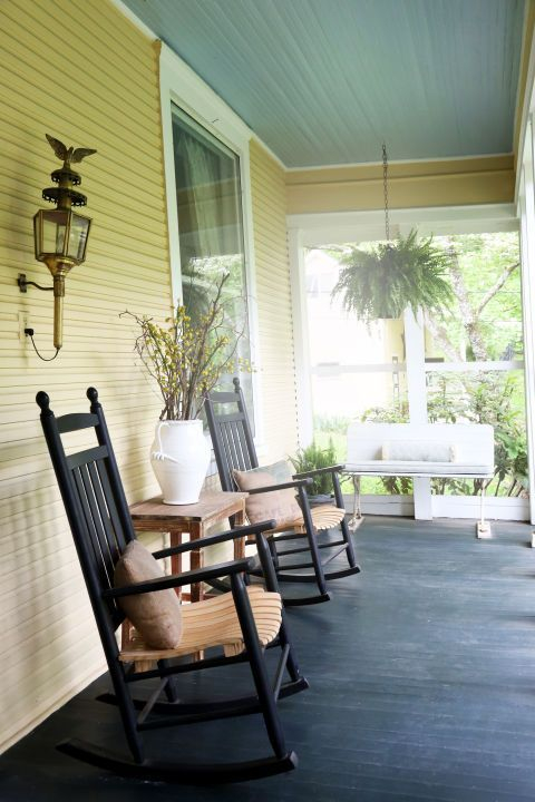 Outstanding Chairs Design Ideas For Relaxing In The Porch03