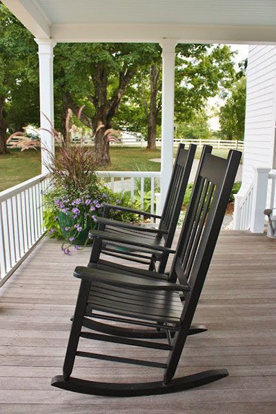 Outstanding Chairs Design Ideas For Relaxing In The Porch11