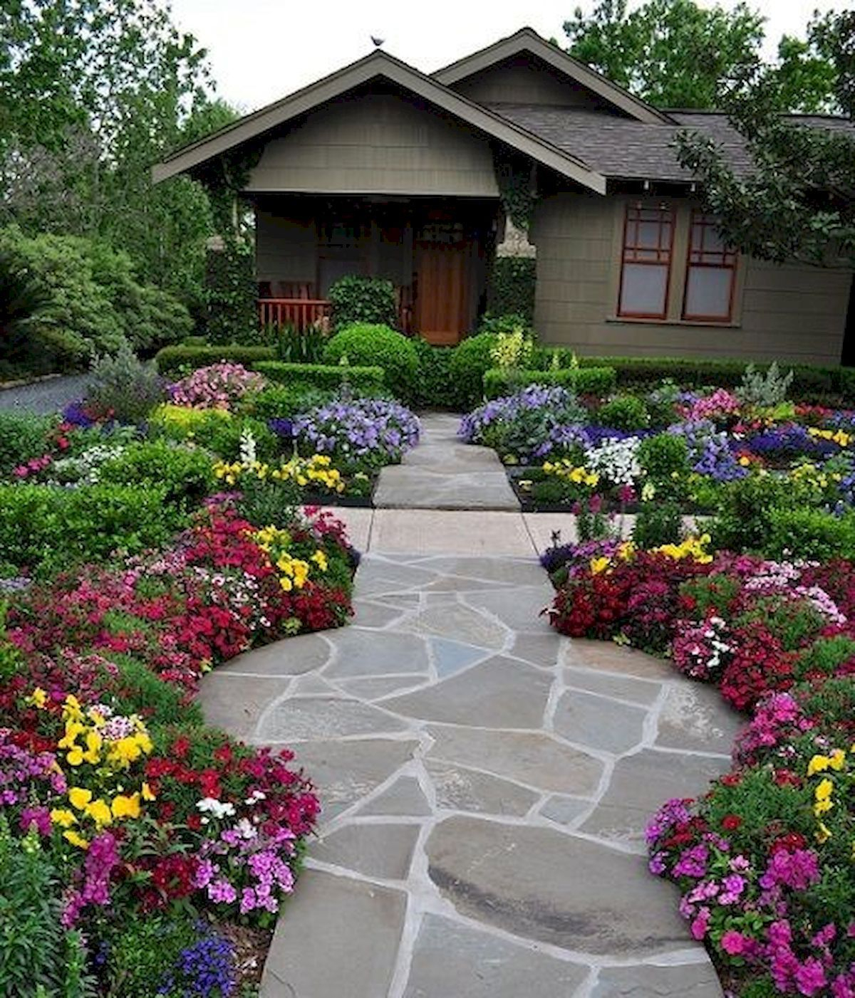 Fascinating Front Yard Landscaping Design Ideas To Try Right Now01