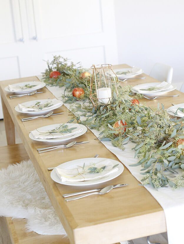 Amazing Thanksgiving Tablescapes Ideas For More Taste And Enjoyful02