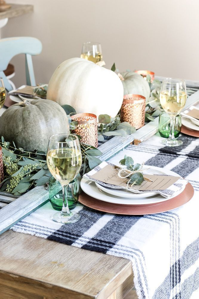Amazing Thanksgiving Tablescapes Ideas For More Taste And Enjoyful09