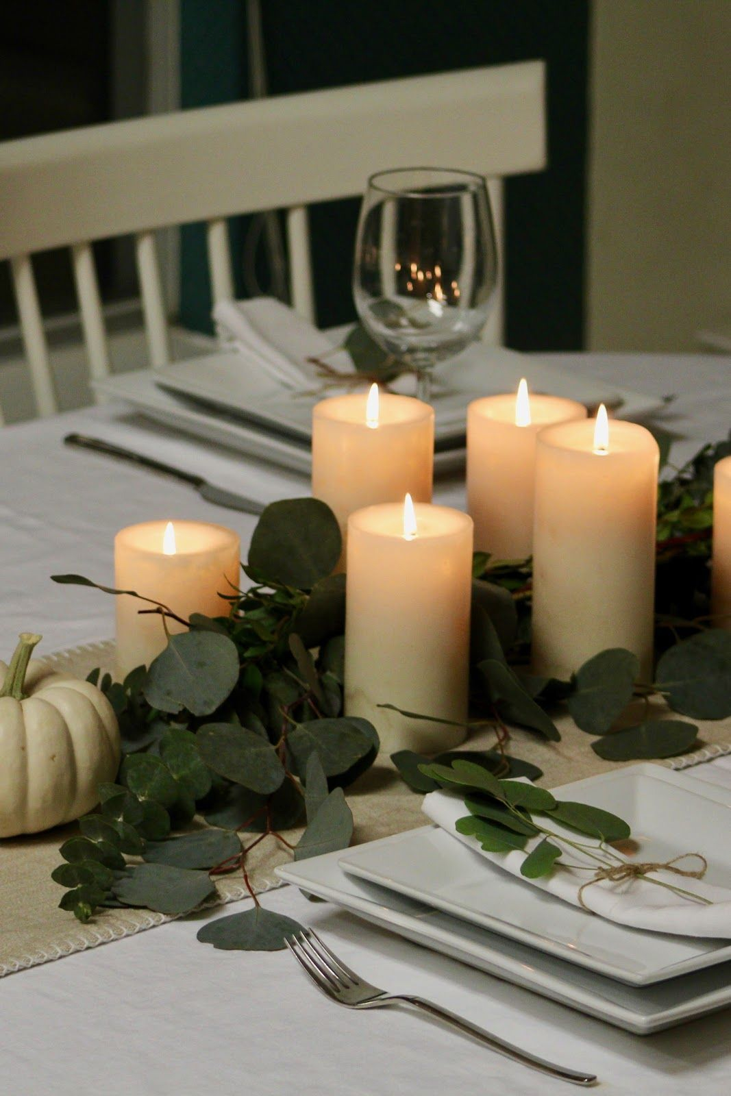 Amazing Thanksgiving Tablescapes Ideas For More Taste And Enjoyful32