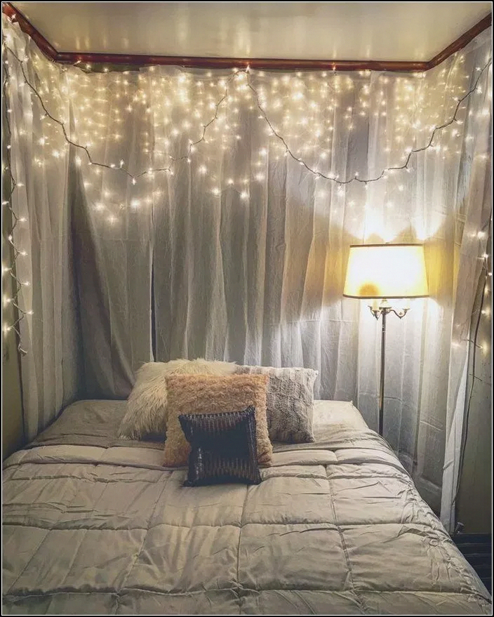 Best String Lights Ideas For Bedroom To Try Asap03