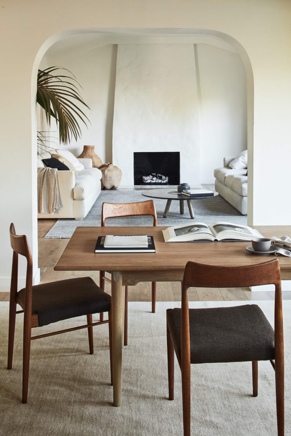 Chic Home Decor Ideas To Bring Calm Atmosphere Into Your Home31
