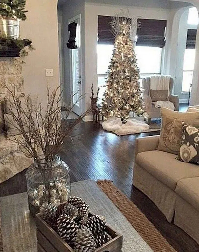 Hottest Farmhouse Christmas Decorations Ideas To Try Asap02