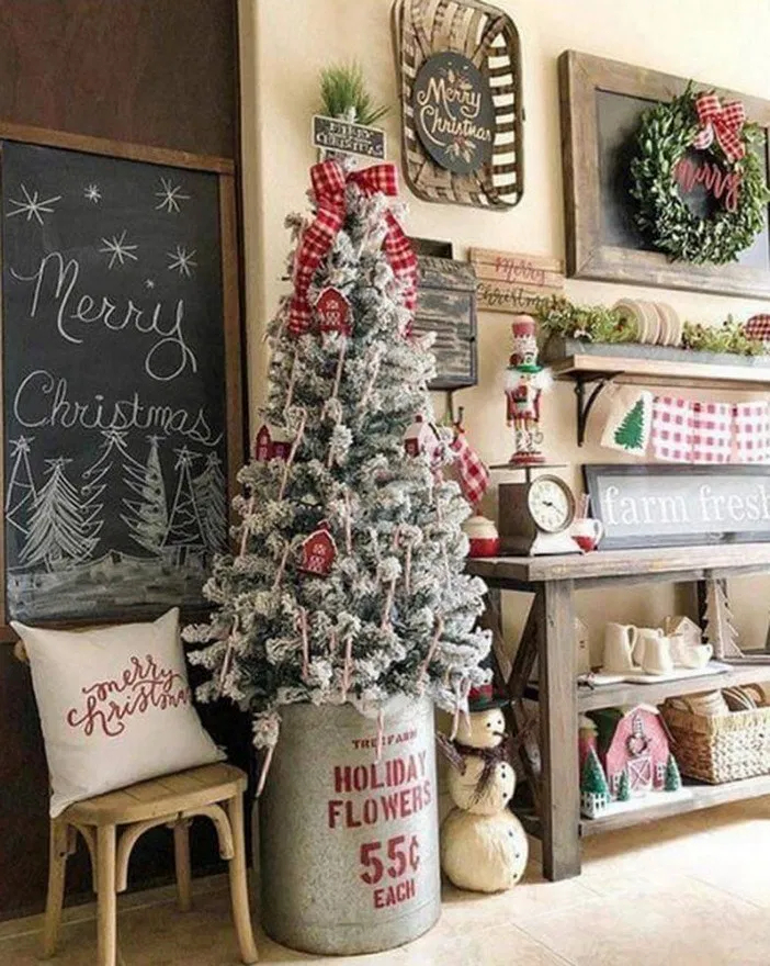 Hottest Farmhouse Christmas Decorations Ideas To Try Asap29