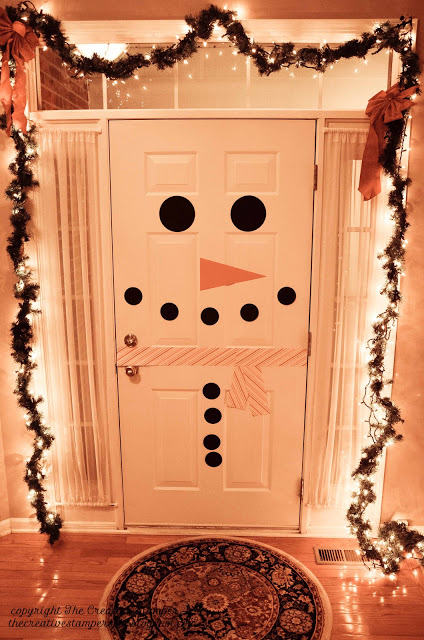 Newest Christmas Door Decoration Ideas You Must Try Right Now02