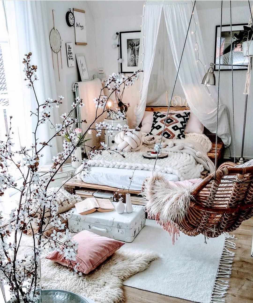 Stylish Bohemian Style Bedroom Decor Design Ideas To Try Asap26