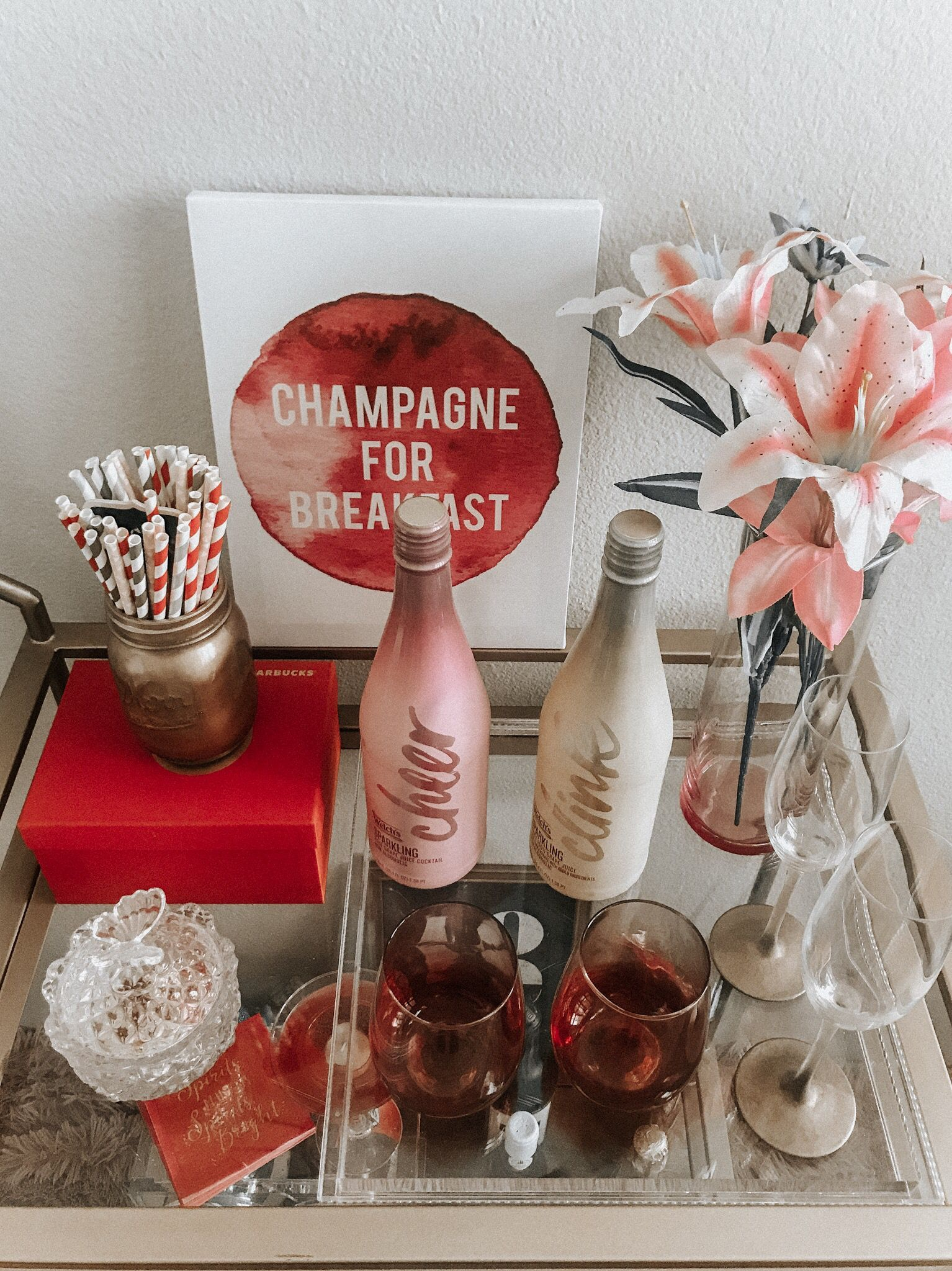 Sophisticated Bar Carts Ideas For Valentine Décor To Try Asap20