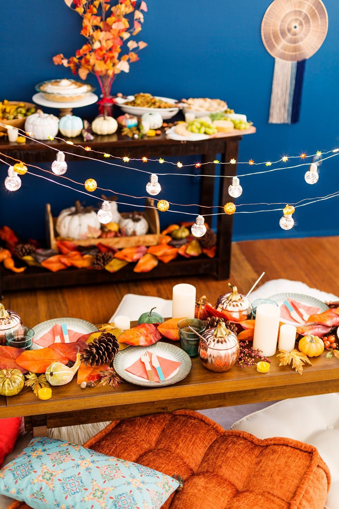 Unusual Friendsgiving Decor Ideas For Holiday Celebrating To Try25