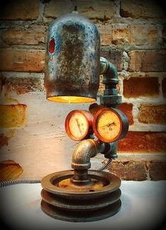 Vintage Industrial Lamps Design Ideas To Improve Your Home Lighting32
