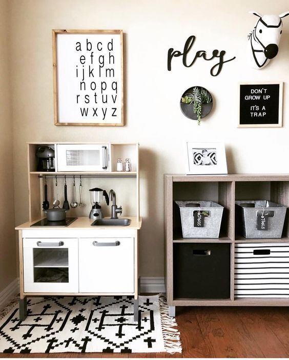 Marvelous Black And White Kids Room Design Ideas To Try This Month17