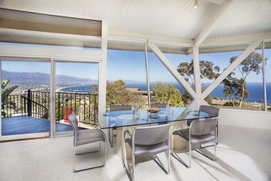Splendid Glass House Design Ideas With 360 Degree View Of The Mountain32