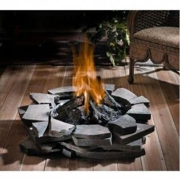Best Patio Deck Design Ideas With Firepit To Make The Atmosphere Warmer25