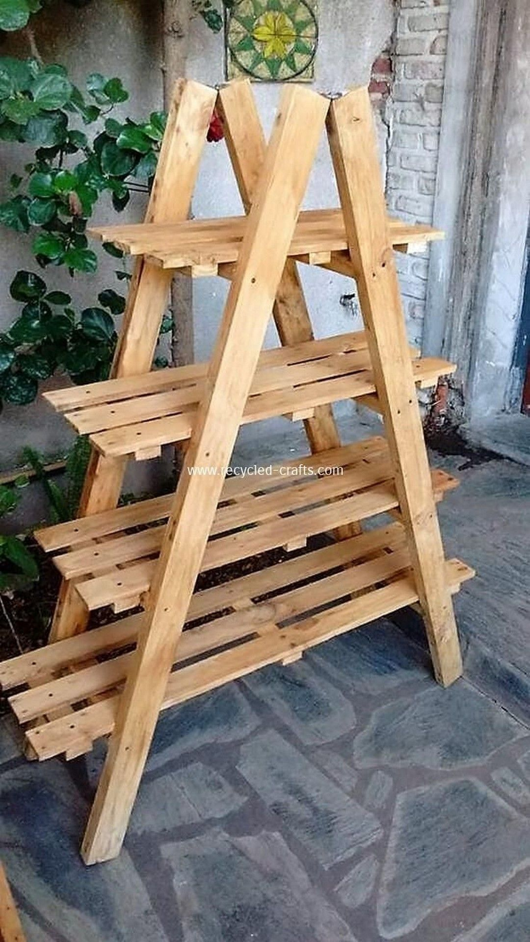 Unordinary Wooden Pallet Furniture Ideas That Is Easy For You To Make04