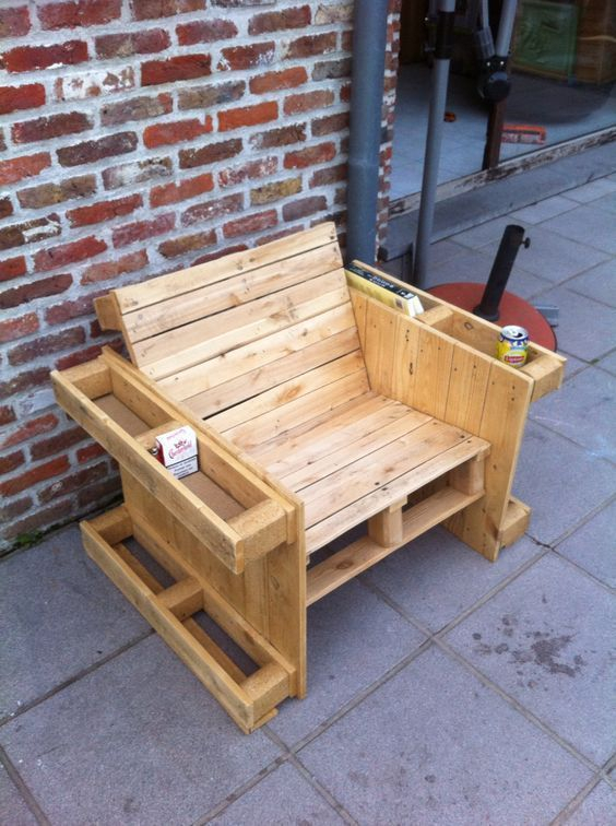 Unordinary Wooden Pallet Furniture Ideas That Is Easy For You To Make24