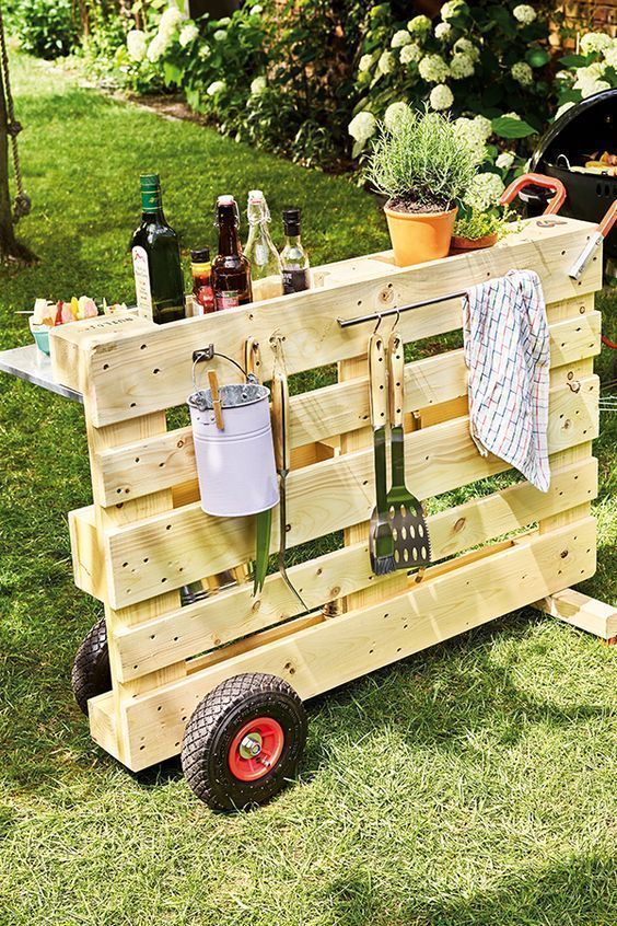 Unordinary Wooden Pallet Furniture Ideas That Is Easy For You To Make25