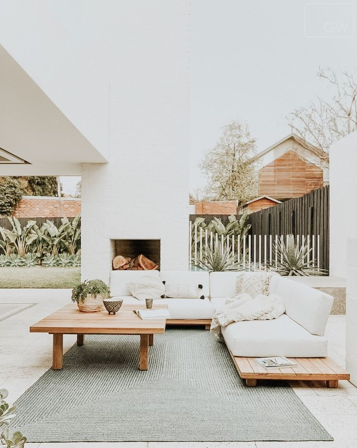 Wonderful Outdoor Living Room Design Ideas For Enjoying Your Days05
