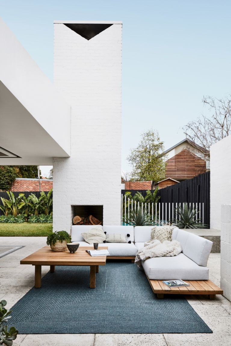 Wonderful Outdoor Living Room Design Ideas For Enjoying Your Days11
