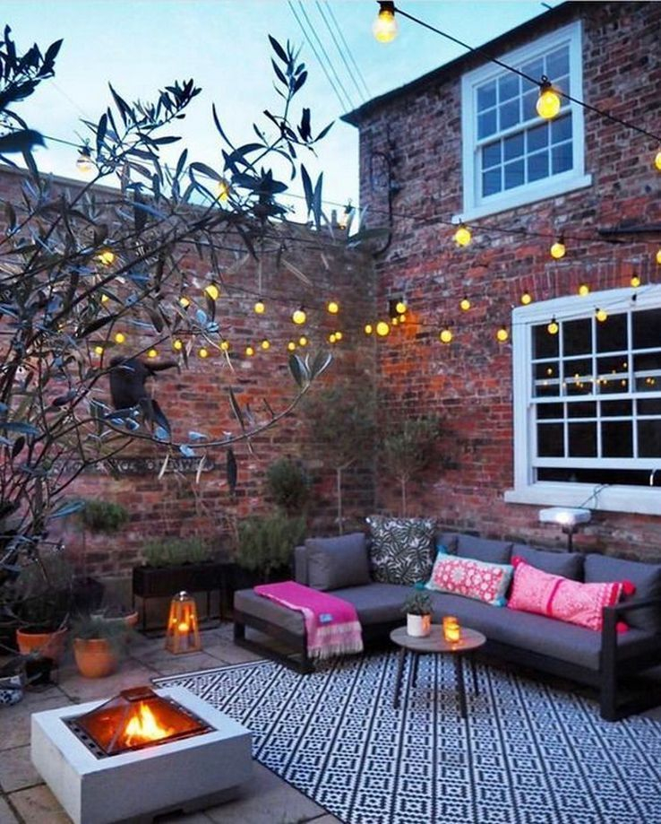Wonderful Outdoor Living Room Design Ideas For Enjoying Your Days28