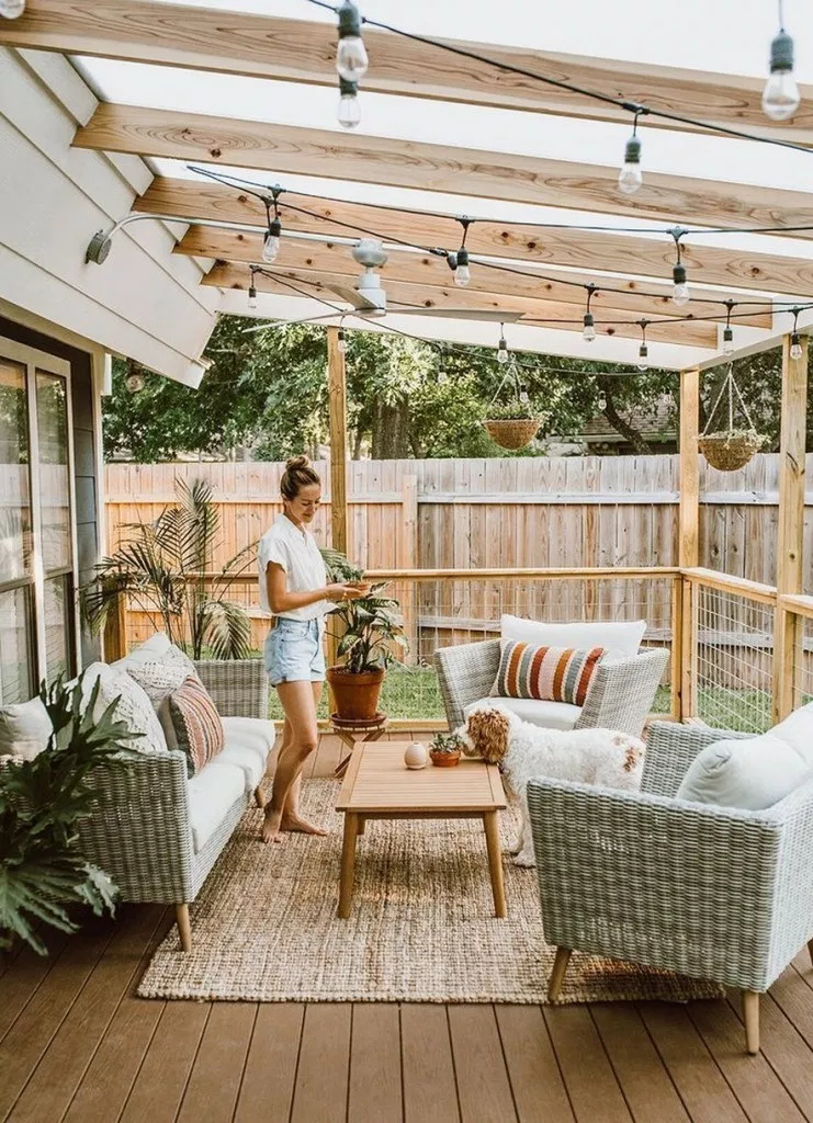 Wonderful Outdoor Living Room Design Ideas For Enjoying Your Days32