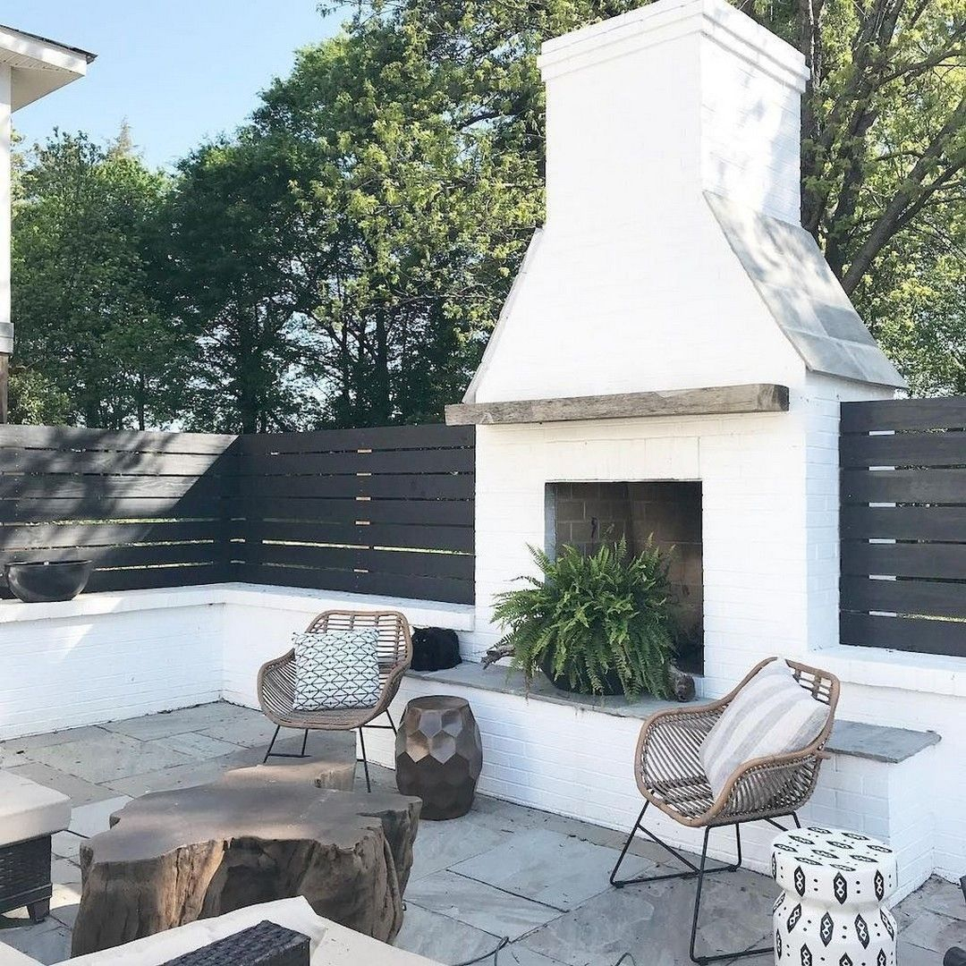 Wonderful Outdoor Living Room Design Ideas For Enjoying Your Days34