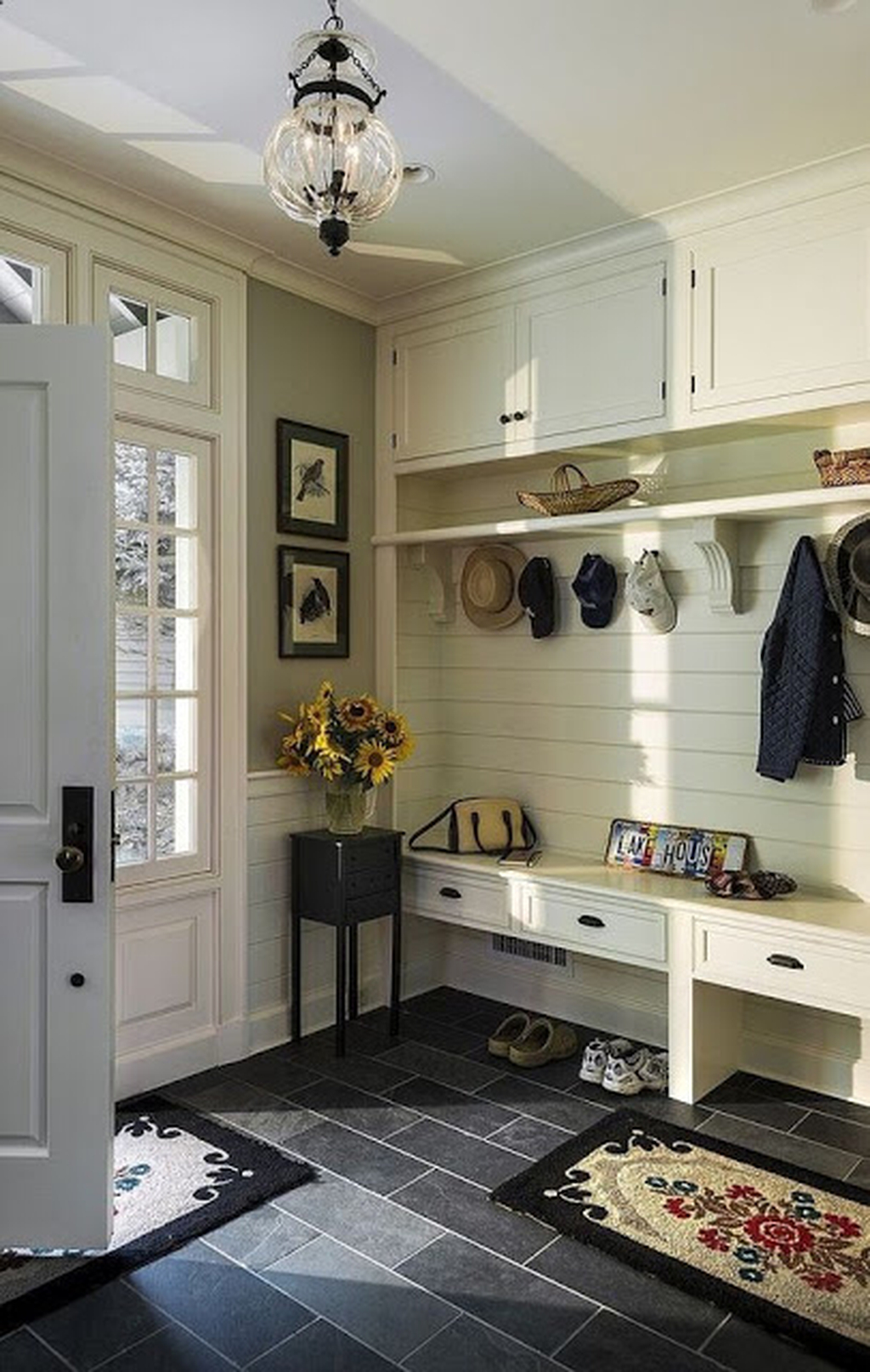 Awesome Farmhouse Mudroom Decorating Ideas To Try Asap 42