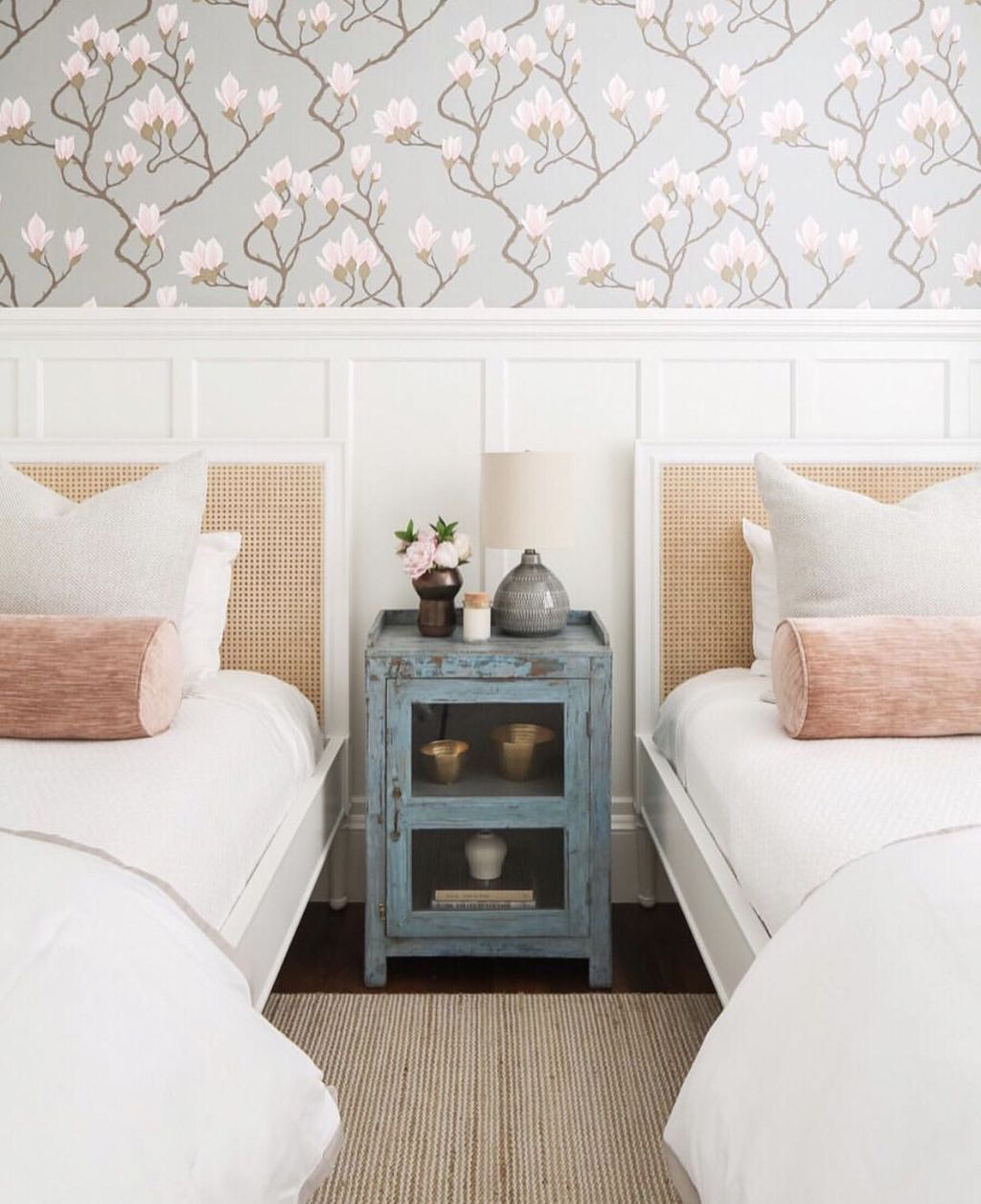 Best Bedroom Wallpaper Decor Ideas That Suitable For Your Family 02