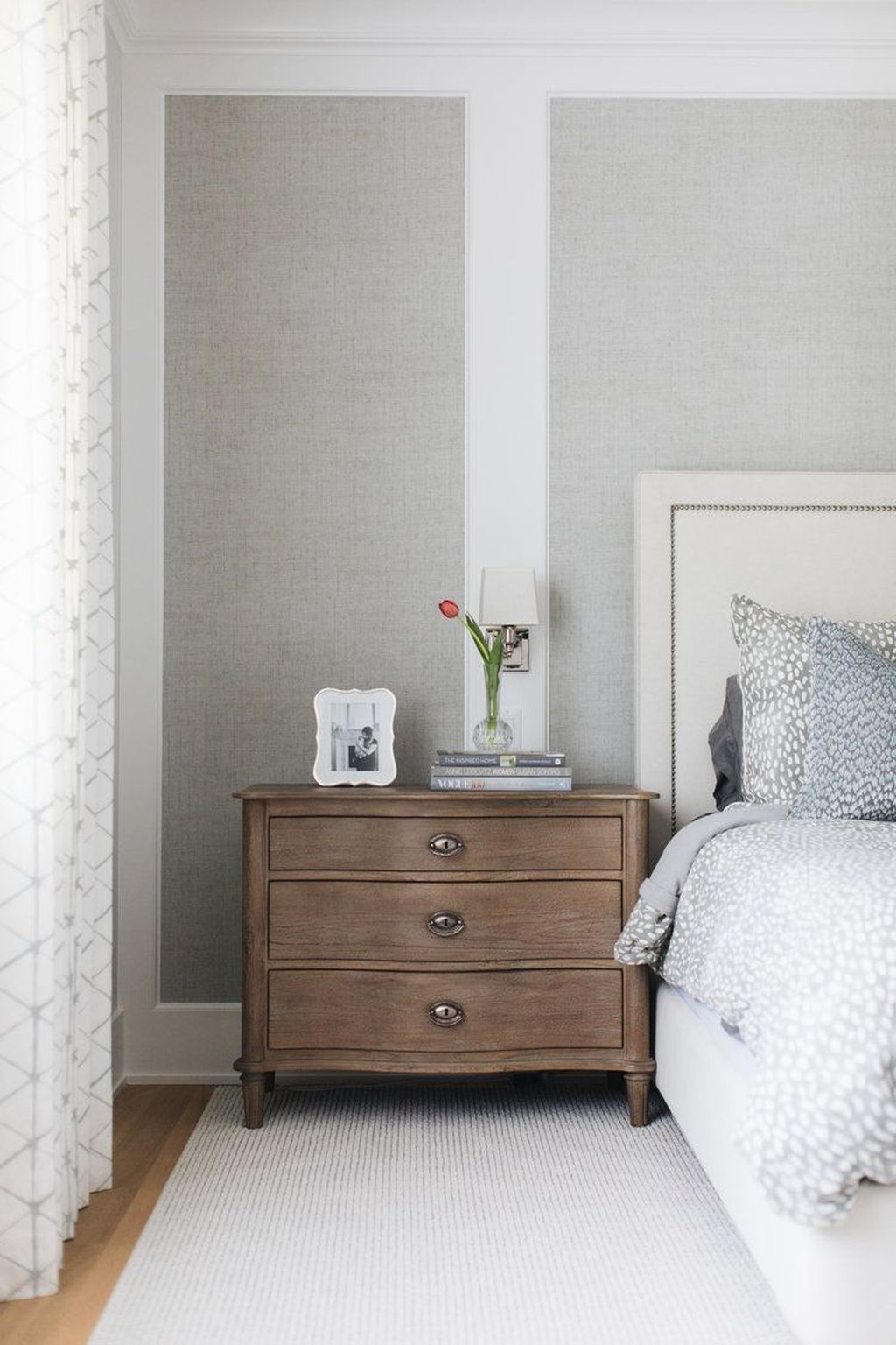 Best Bedroom Wallpaper Decor Ideas That Suitable For Your Family 03