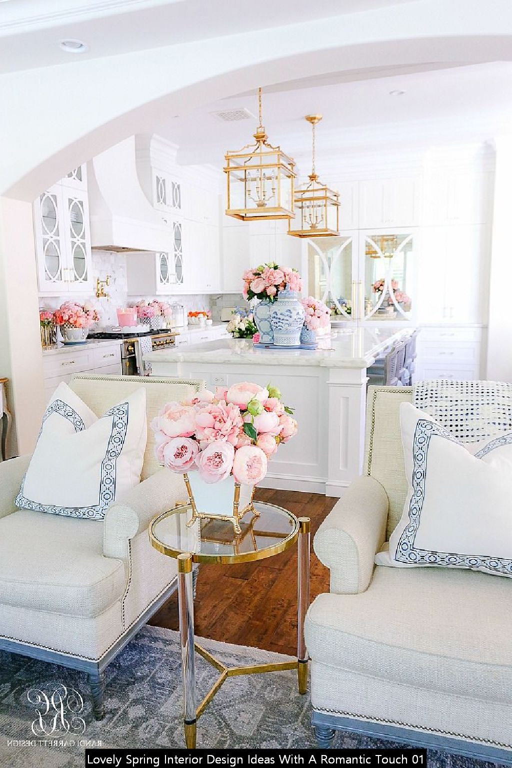 Lovely Spring Interior Design Ideas With A Romantic Touch 01