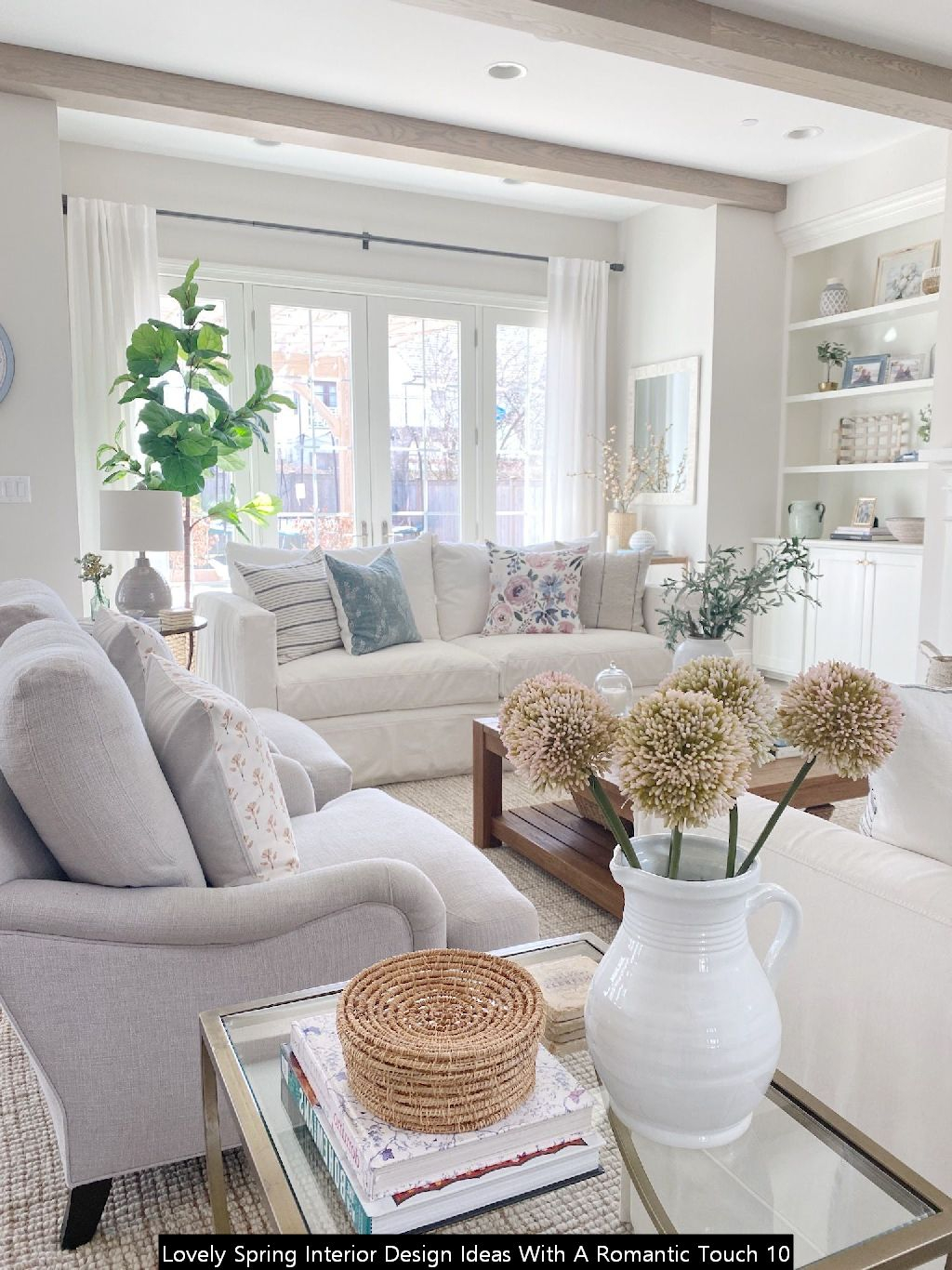 Lovely Spring Interior Design Ideas With A Romantic Touch 10