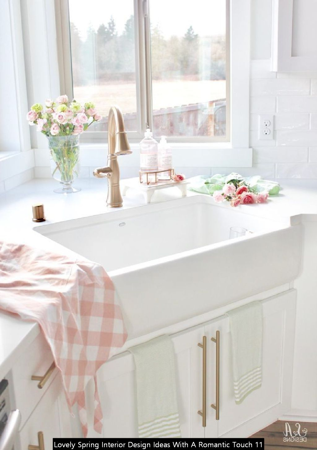 Lovely Spring Interior Design Ideas With A Romantic Touch 11