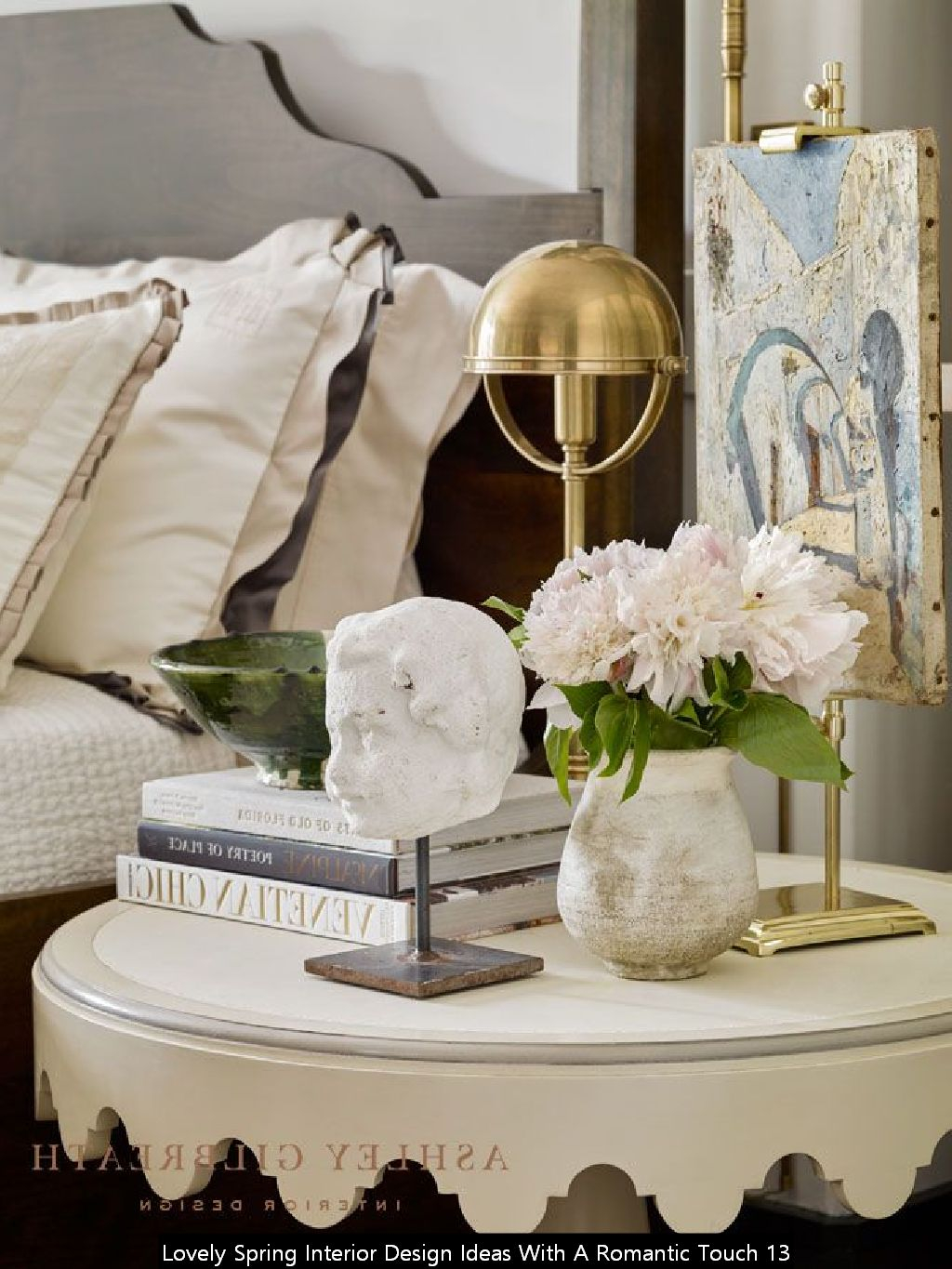 Lovely Spring Interior Design Ideas With A Romantic Touch 13