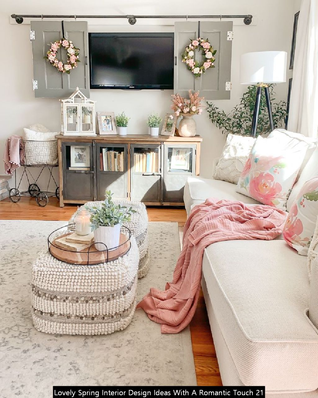 Lovely Spring Interior Design Ideas With A Romantic Touch 21