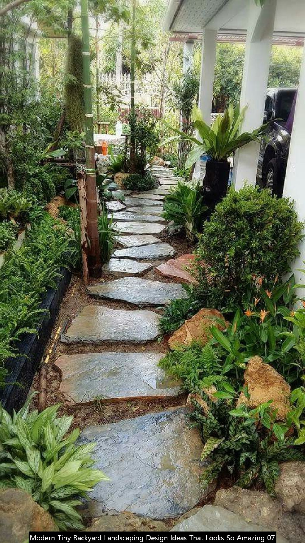 Modern Tiny Backyard Landscaping Design Ideas That Looks So Amazing 07