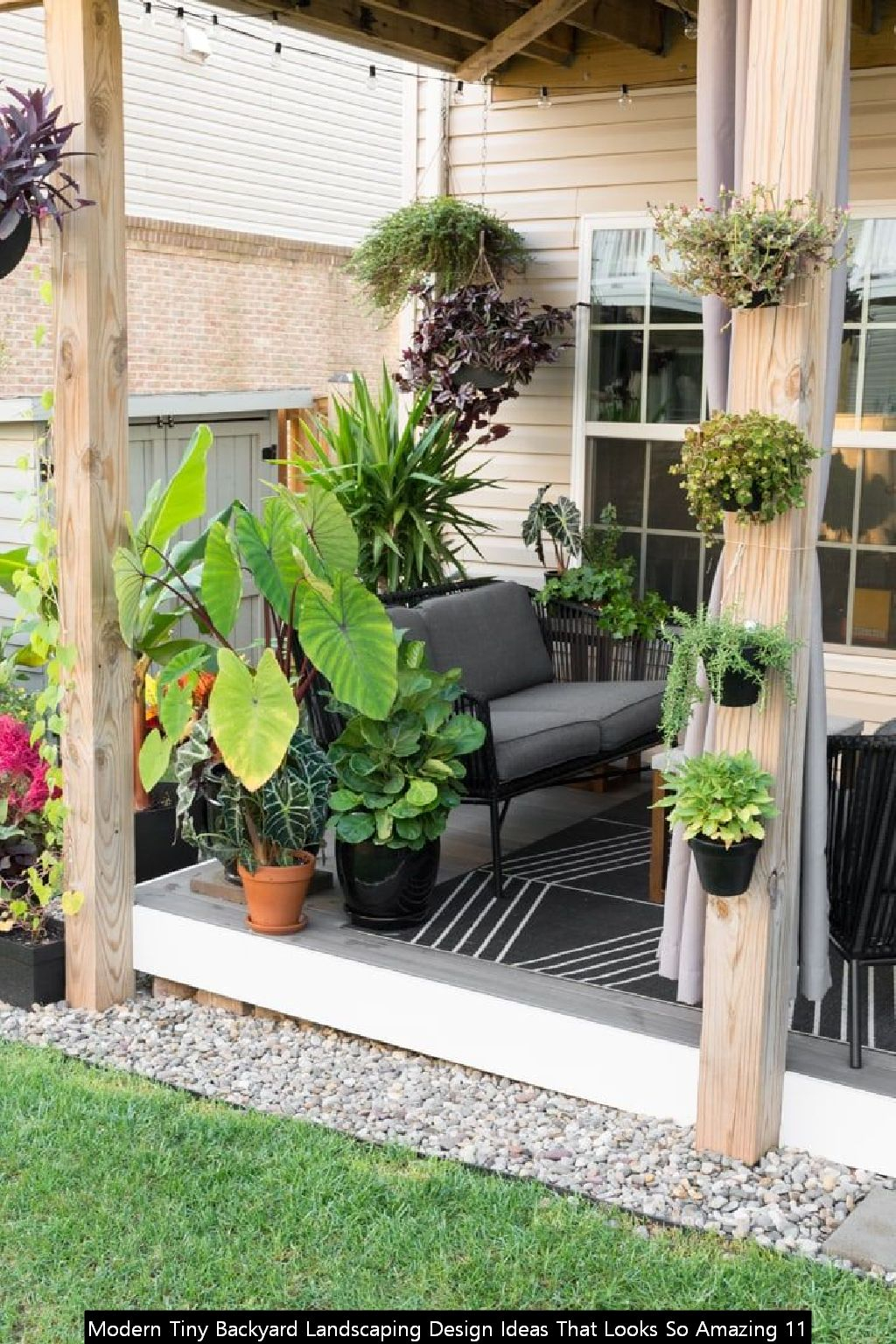 Modern Tiny Backyard Landscaping Design Ideas That Looks So Amazing 11
