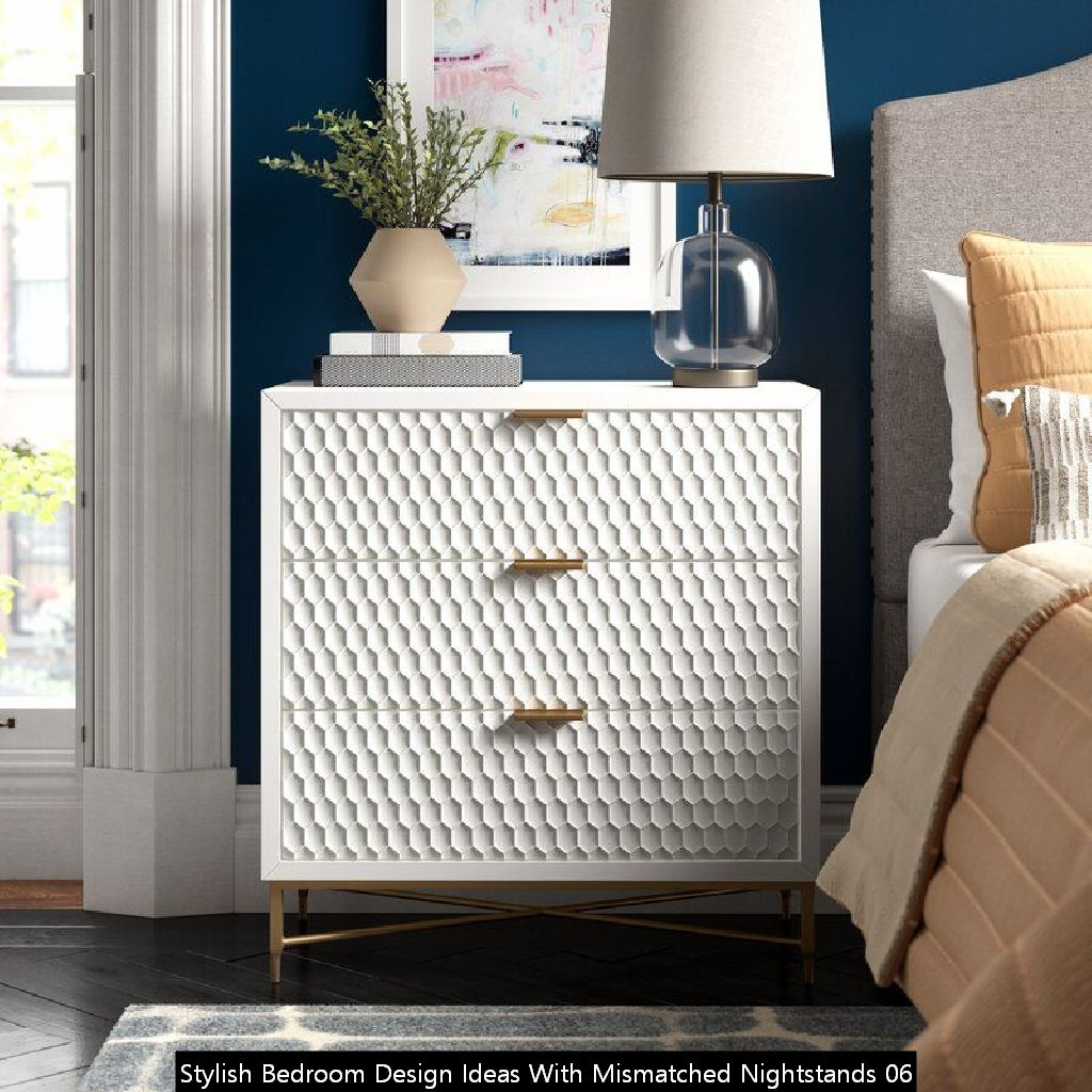 Stylish Bedroom Design Ideas With Mismatched Nightstands 06
