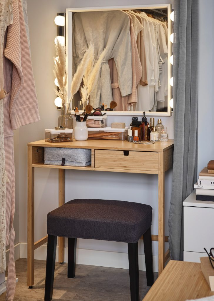 Beautiful Storage Design Ideas And Easily Accessible 4