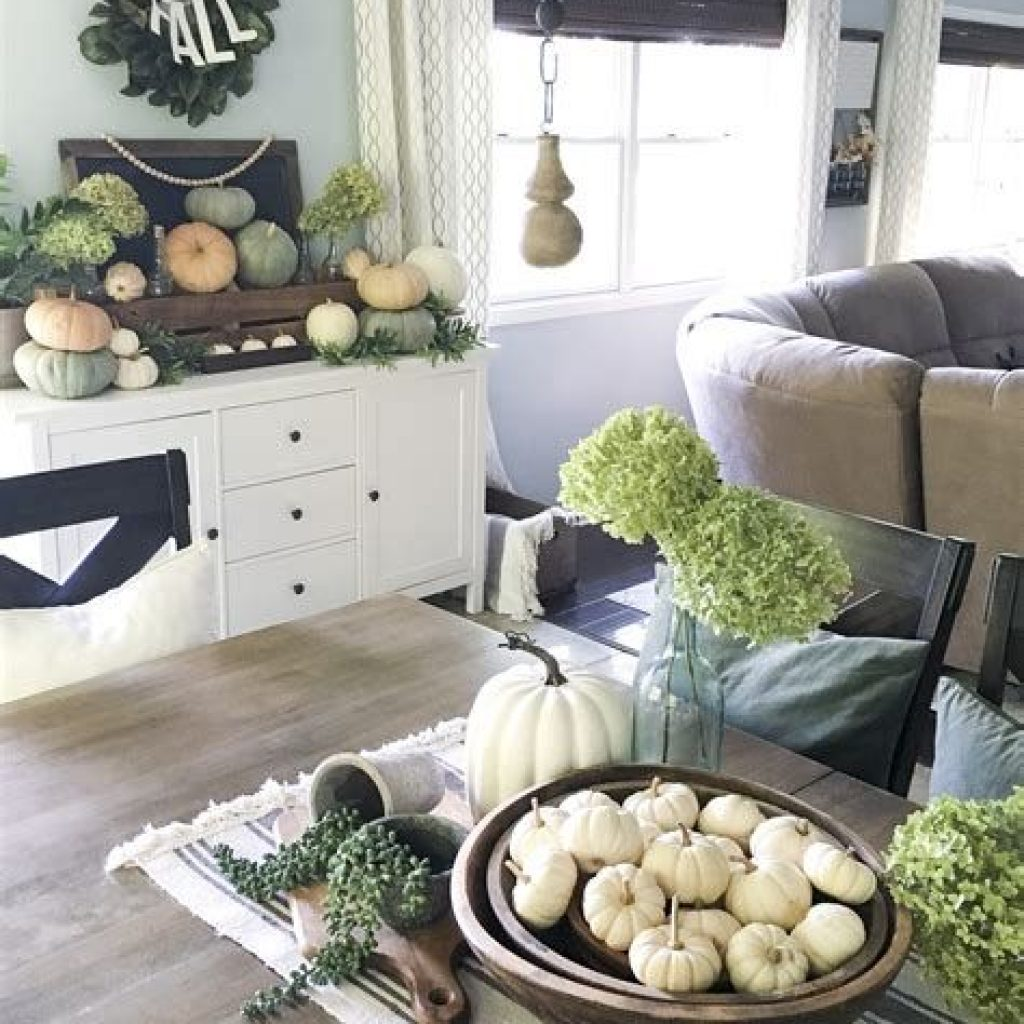 Amazing Fall Home Decorations For Minimalist House 40