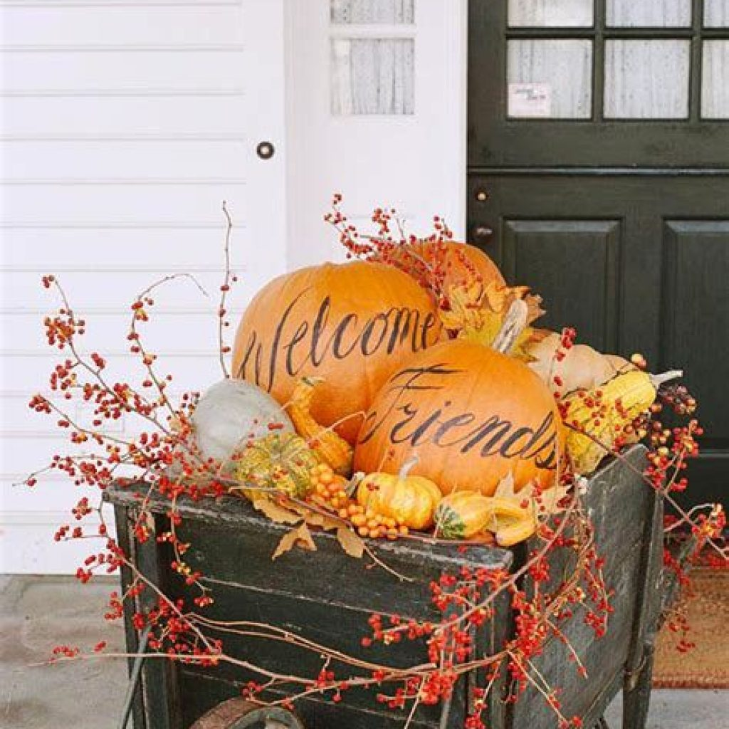 Amazing Outdoor Fall Decoration Youll Love 04