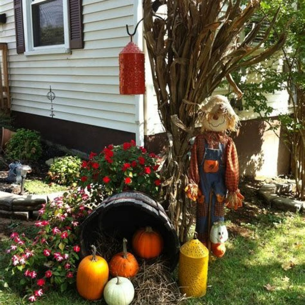 Amazing Outdoor Fall Decoration Youll Love 20