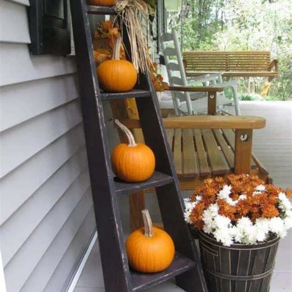 Amazing Outdoor Fall Decoration Youll Love 35